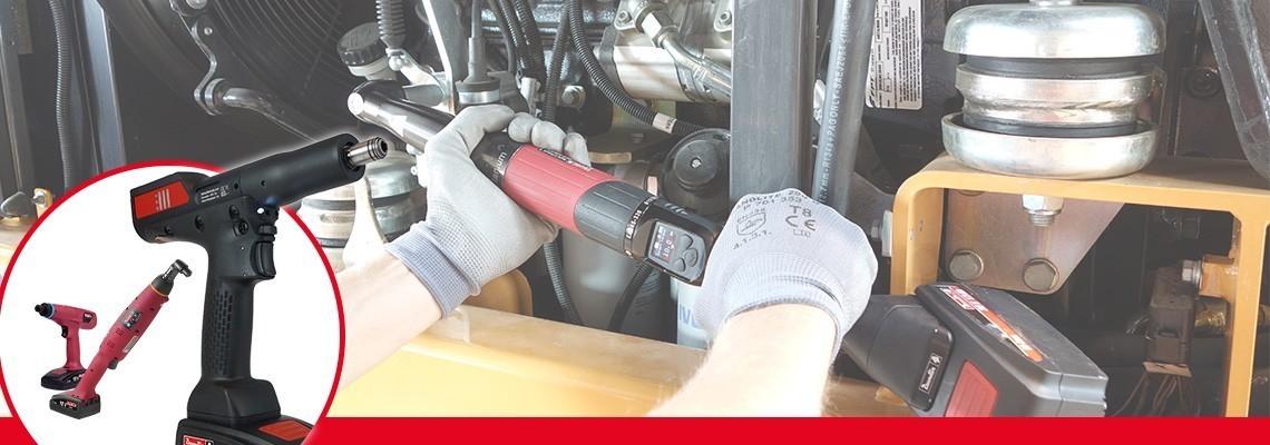 Poznaj nasz asortyment narzędzi do montażu akumulatorów: narzędzie autonomiczne kątowe/w obudowie pistoletowej z przetwornikiem, akumulatorowe wkrętaki i ergonomiczne narzędzia do sprzęgieł