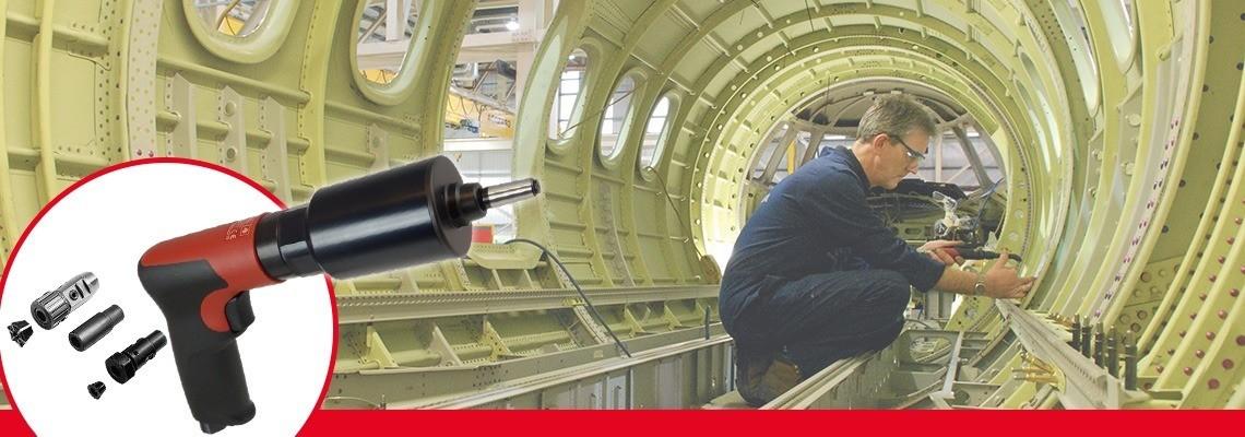 Poznaj ręczne i stojące gwintownice pneumatyczne uruchamiane przyciskiem i z biegiem wstecznym, zaprojektowane przez firmę Desoutter Narzędzia Przemysłowe. Zamów ofertę lub pokaz!